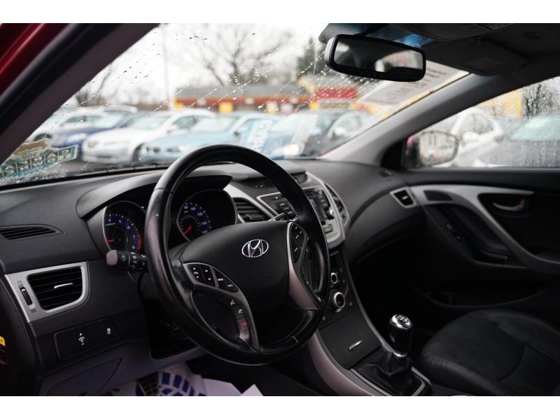 Hyundai Elantra 2014 price $6,990