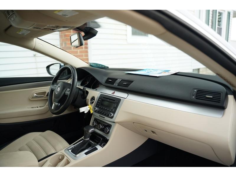 Volkswagen CC 2009 price $6,990