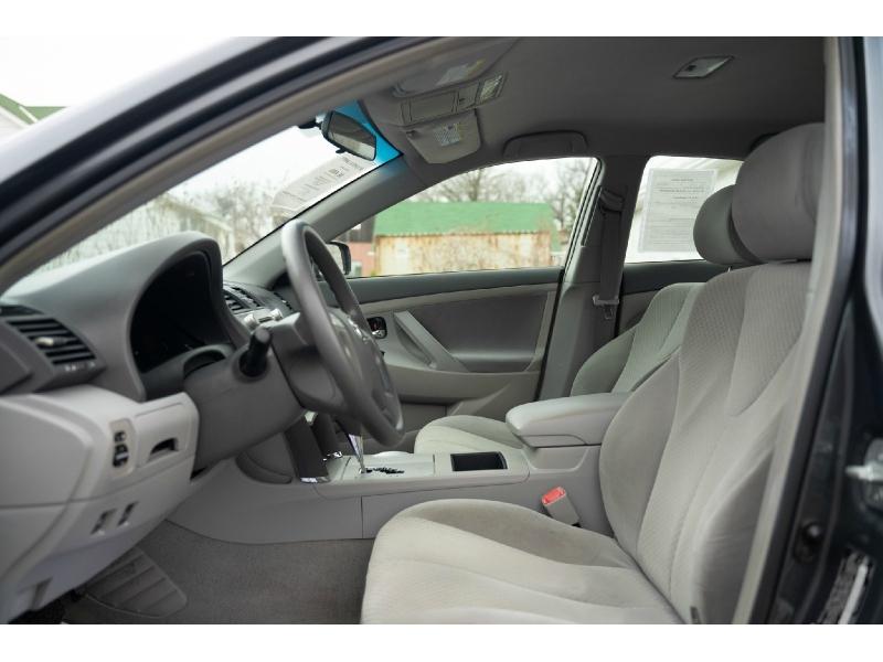Toyota Camry Hybrid 2009 price $6,480
