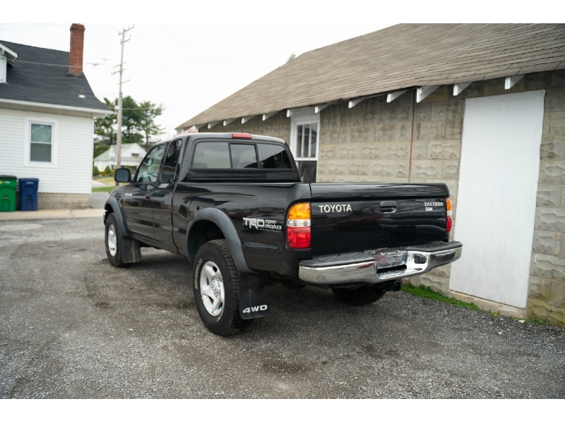 Toyota Tacoma 2002 price $6,470