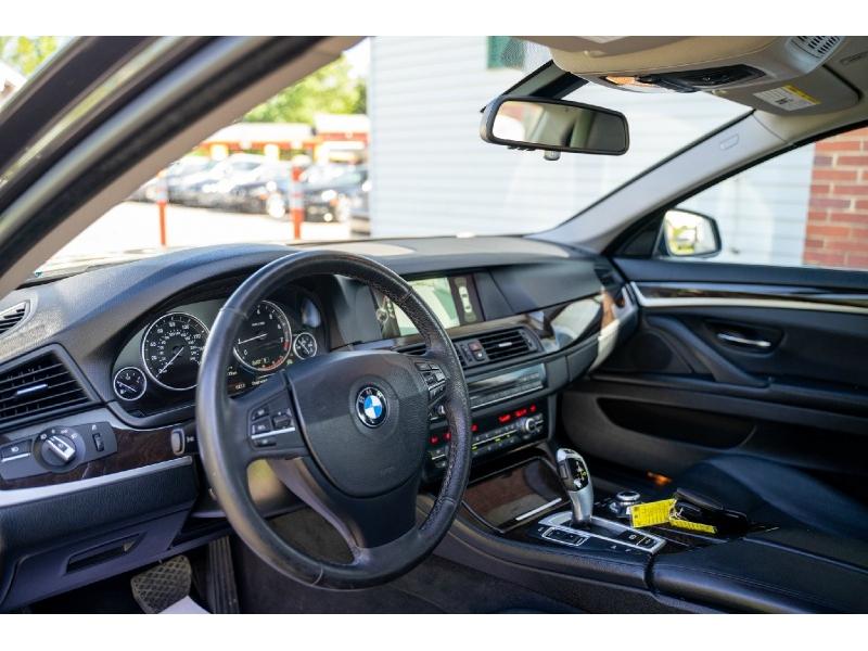 BMW 5-Series 2013 price $10,440