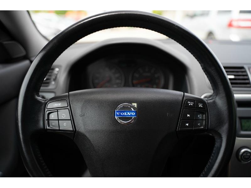 Volvo S 40 2009 price $6,440