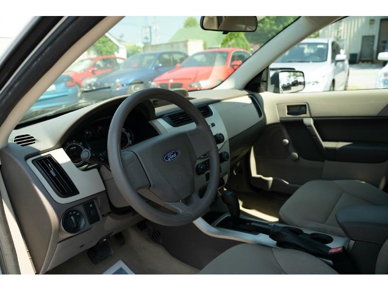 Ford Focus 2008 price $5,990