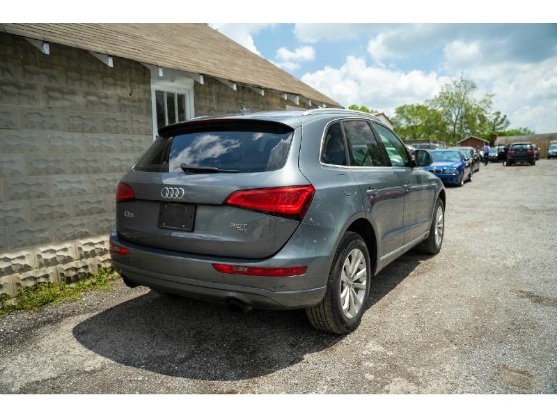 Audi Q5 2013 price $10,480