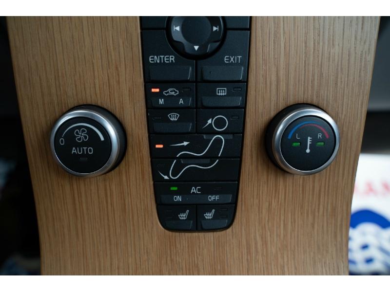 Volvo C 70 2008 price $8,490