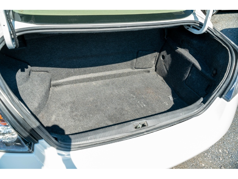 Nissan Altima 2011 price $6,880