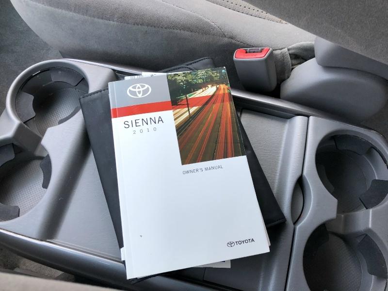 Toyota Sienna 2010 price $8,990