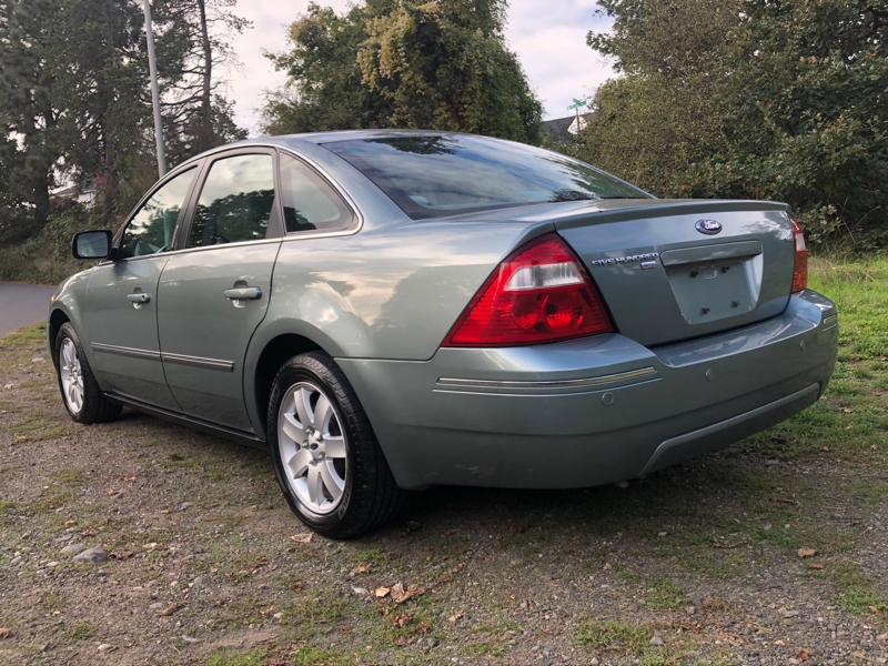 Ford Five Hundred 2005 price $2,295
