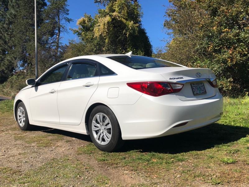 Hyundai Sonata 2012 price $7,488