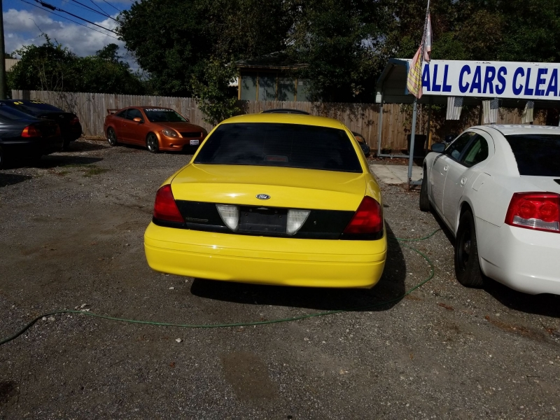 FORD CROWN VICTORIA 2007 price $2,800