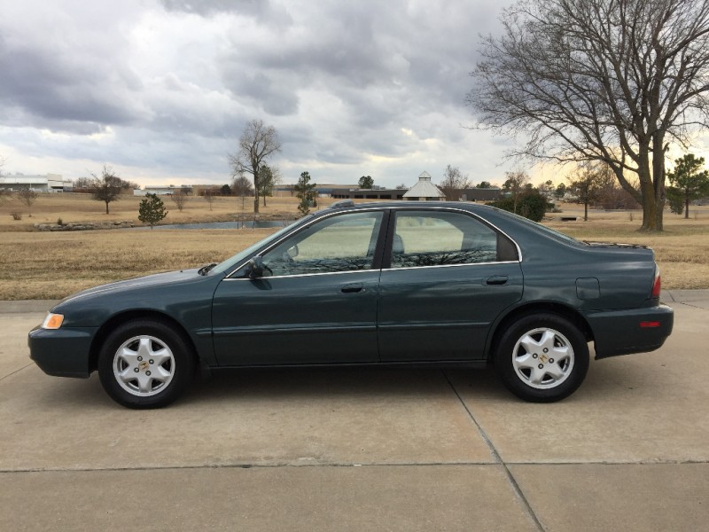 Honda Accord Sdn 1996 price $3,499