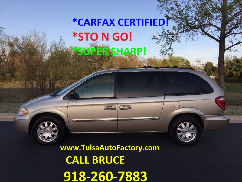 Chrysler Town & Country LWB 2006 price $3,999