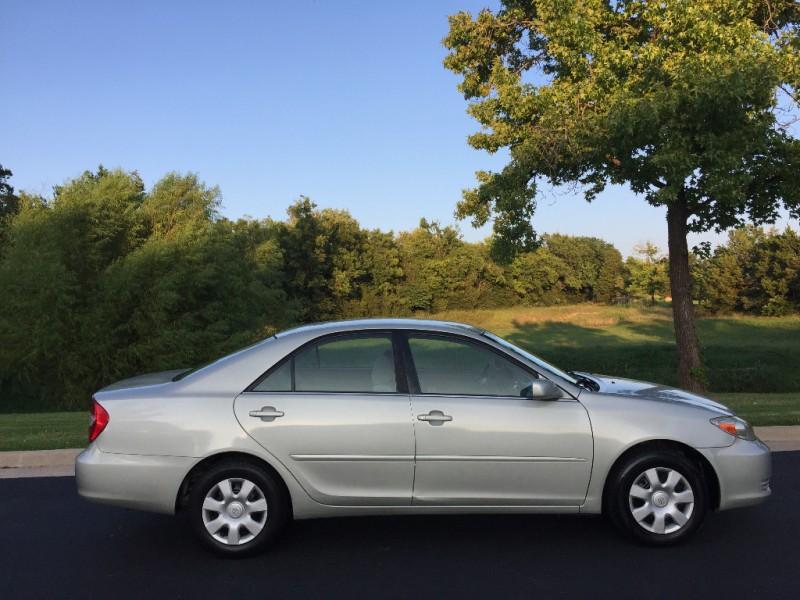 Toyota Camry 2002 price $4,499