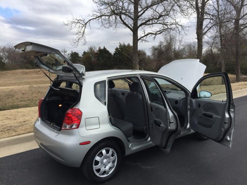 Chevrolet Aveo 2005 price $3,499