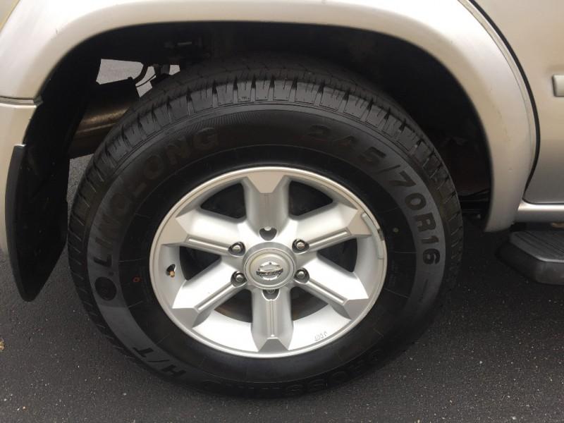 Nissan Pathfinder 2004 price $4,999