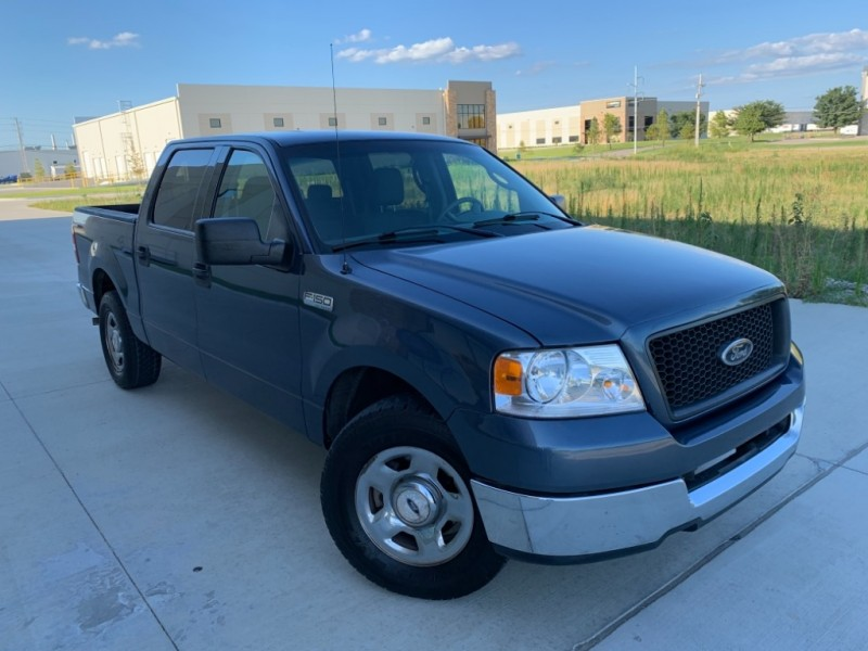 Ford F-150 2004 price $5,999