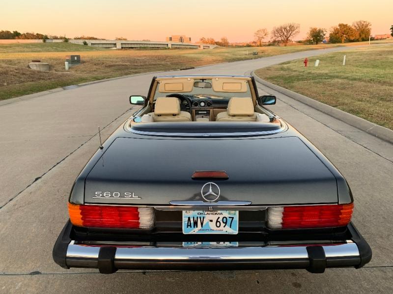 Mercedes-Benz 560 Series 1988 price $14,999