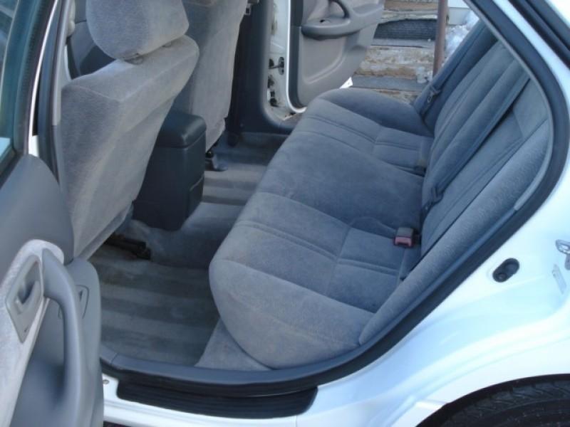 Toyota Camry 1997 price $2,999
