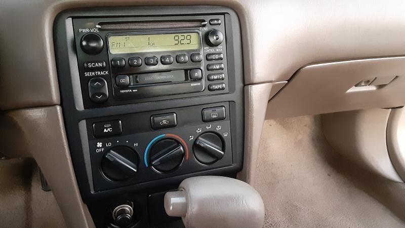 Toyota Camry 2000 price $3,999