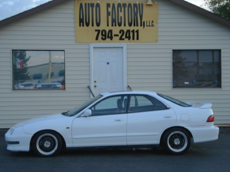 1998 Acura Integra 4dr Sdn GS-R Manual w/Leather