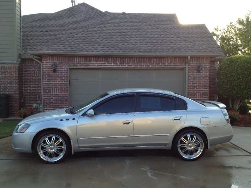2005 Nissan Altima S Silver Extra Clean Carfax Certified 2 Owners