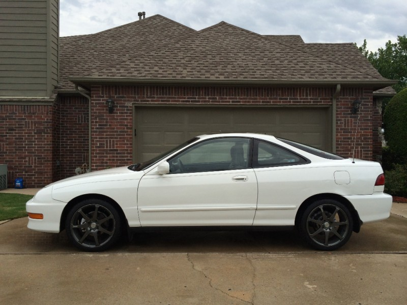 Acura Integra 2000 price $5,999