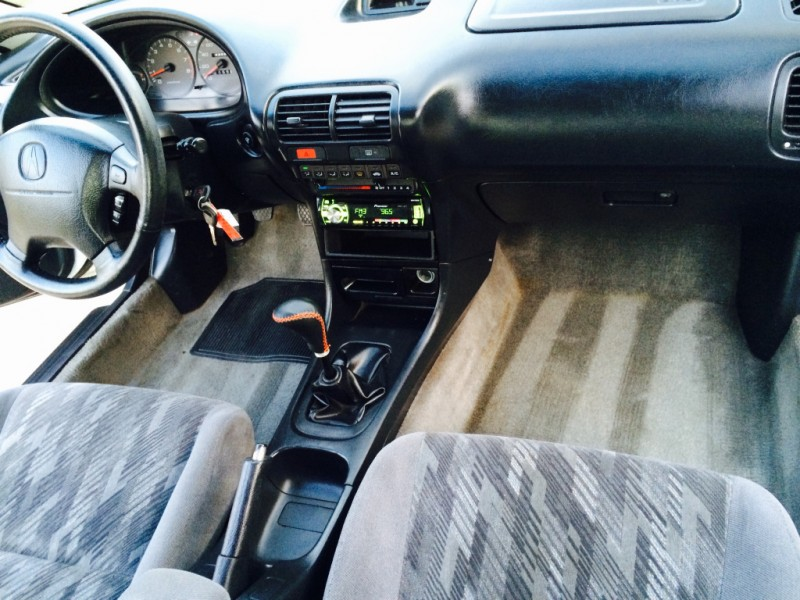Acura Integra 2000 price $5,999