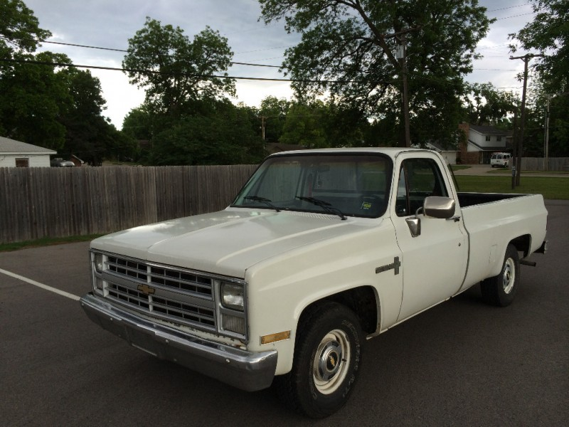 Chevrolet Pickup 1985 price $1,999