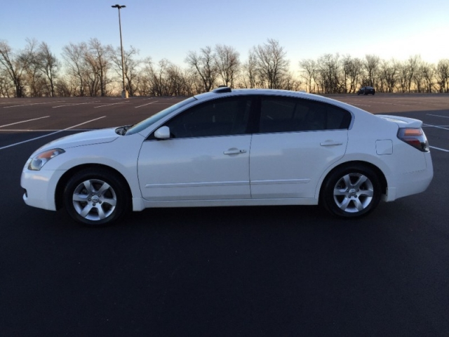 2008 Nissan Altima Sl Sedan White Carfax Certified 2 Owners Gas