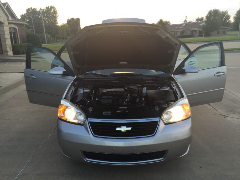 Chevrolet Malibu Maxx 2006 price $4,499