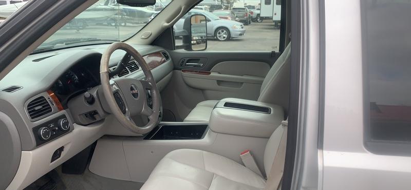 GMC Sierra 2500HD 2011 price $22,950