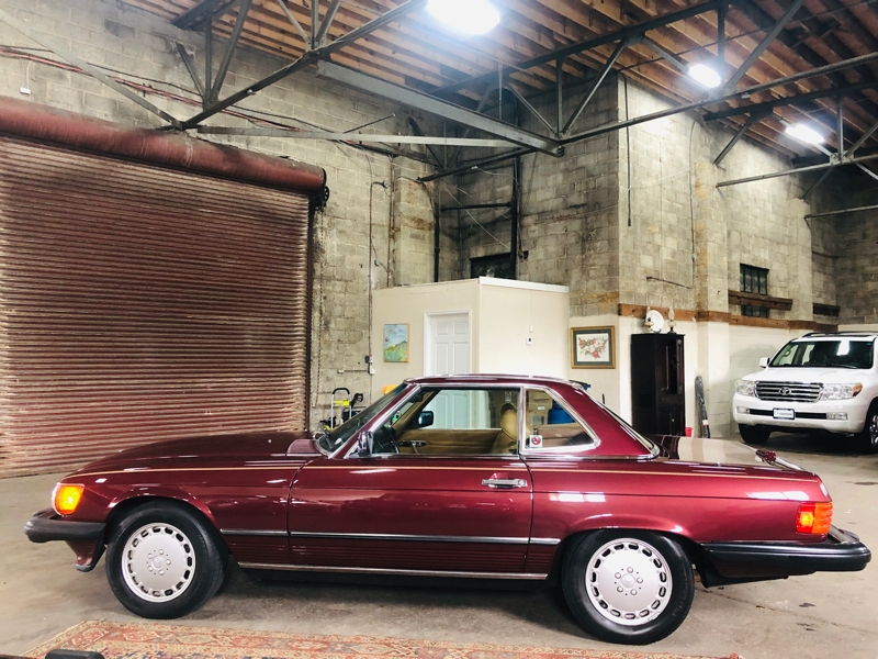 Mercedes-Benz 560 Series 1989 price $12,900