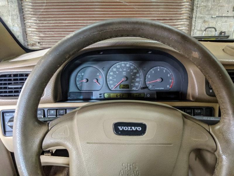 Volvo C 70 1999 price $1,995