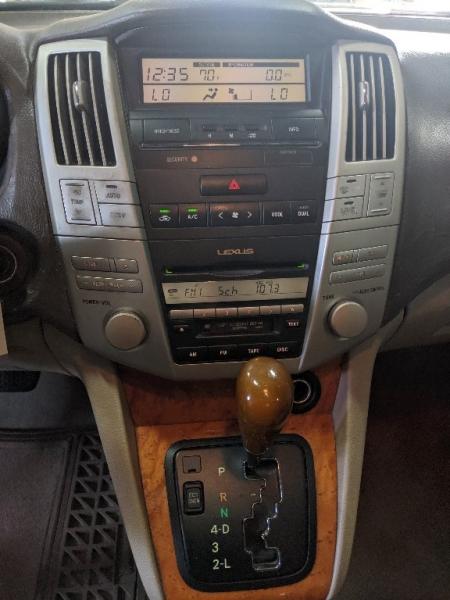 Lexus RX 330 2005 price $5,995
