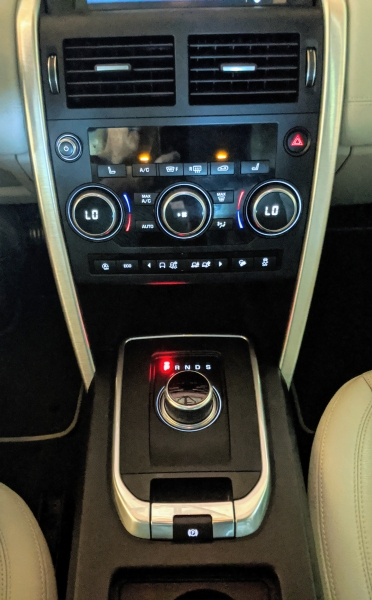 Land Rover Discovery Sport 2018 price $32,995