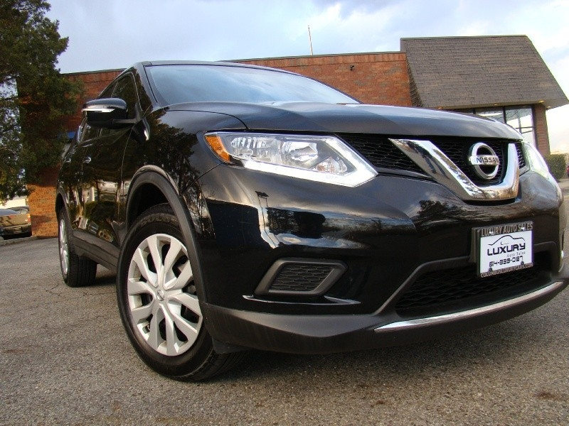 Nissan Rogue 2015 price $13,873