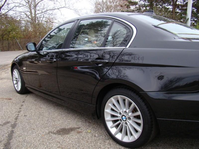 BMW 3-Series 2011 price $10,623