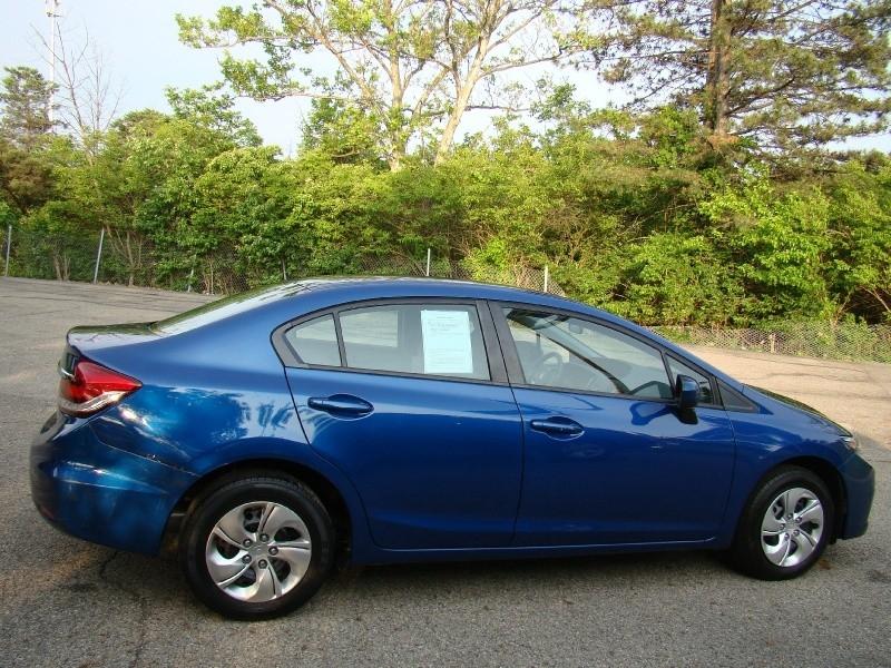 Honda Civic Sedan 2015 price $9,995