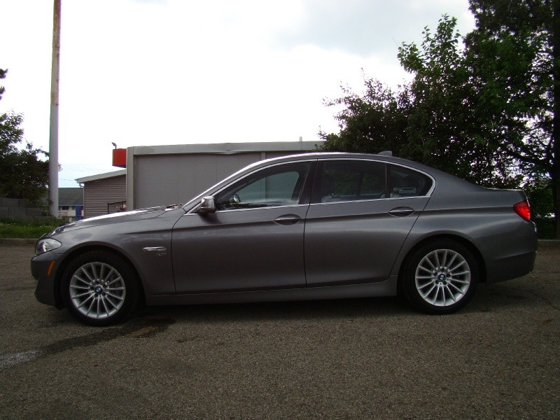 BMW 5-Series 2011 price $14,853