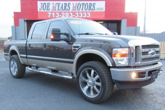 2008 Ford Super Duty F-250 Lariat 4X4 - 5.4L Gas Engine - Li