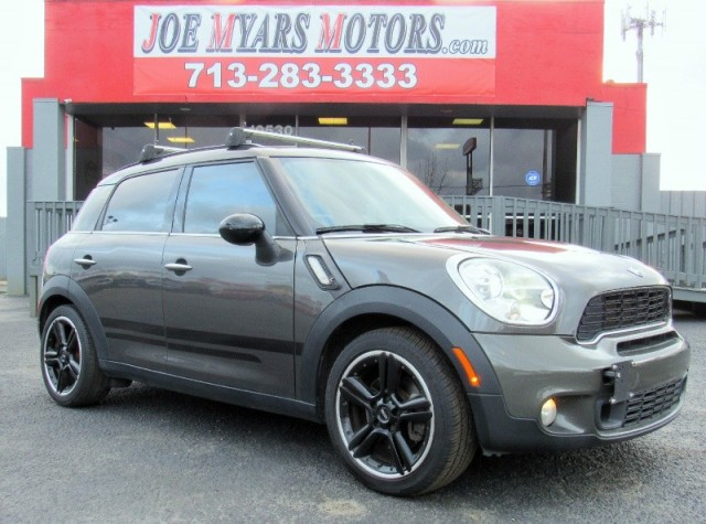 2011 Mini Cooper Countryman - Cooper S - 6Spd Manual - 83K M