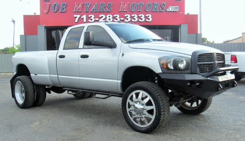 Dodge Ram 3500 SLT - 4X4 - 5.9L Cummins - Lifted - 138K 2007 price $25,340