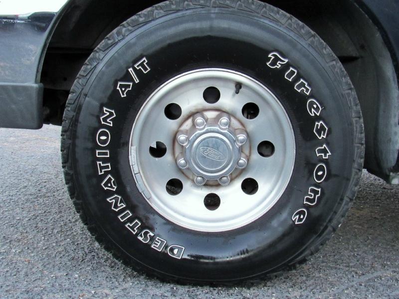 Ford Super Duty F-250 Ext. Cab XLT - 7.3L Diesel - 2000 price $8,495