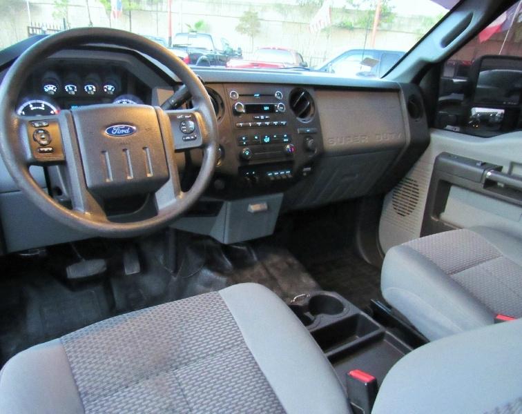 Ford Super Duty F-350 FX4- 4X4 - 6.7L Diesel! 232K 2016 price $25,430