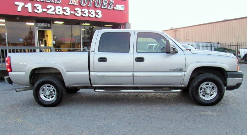 Chevrolet Silverado 2500HD - LT1 - 6.6L Duramax - Leather - 2007 price $15,995