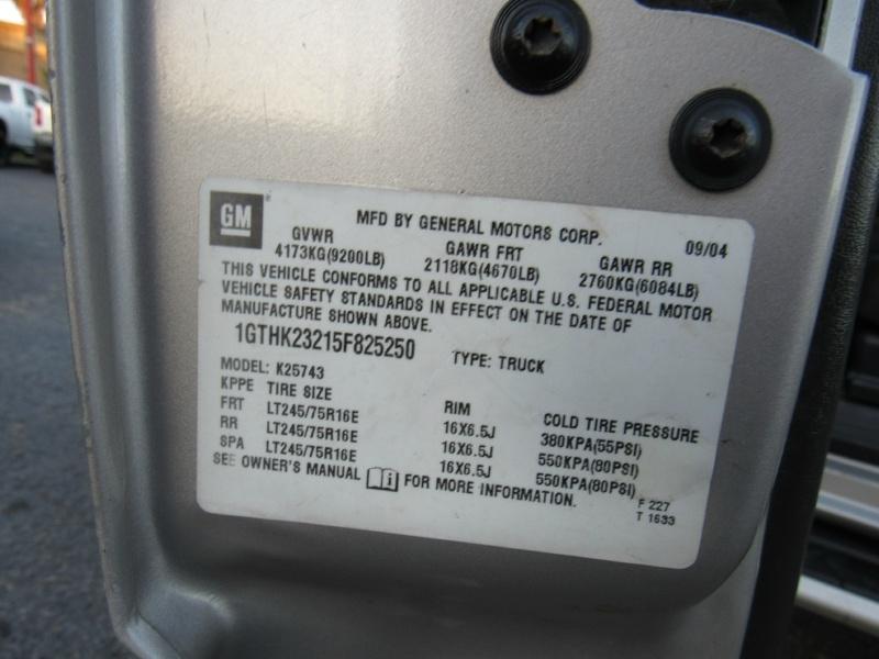 GMC Sierra 2500 HD - SLE - 6.6L Duramax Diesel - 4X4! 2005 price $17,995