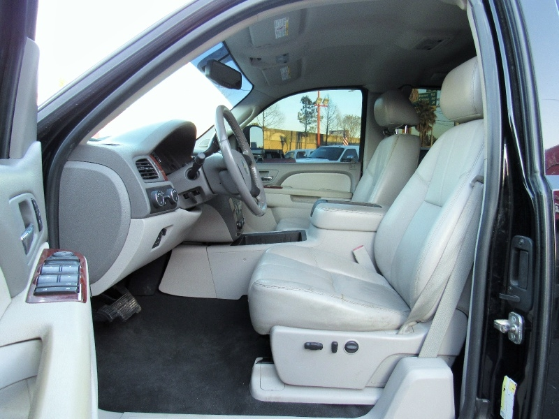 Chevrolet Silverado 2500HD - LTZ - 4X4 - Ext. Cab - Lifted - 2011 price $24,995