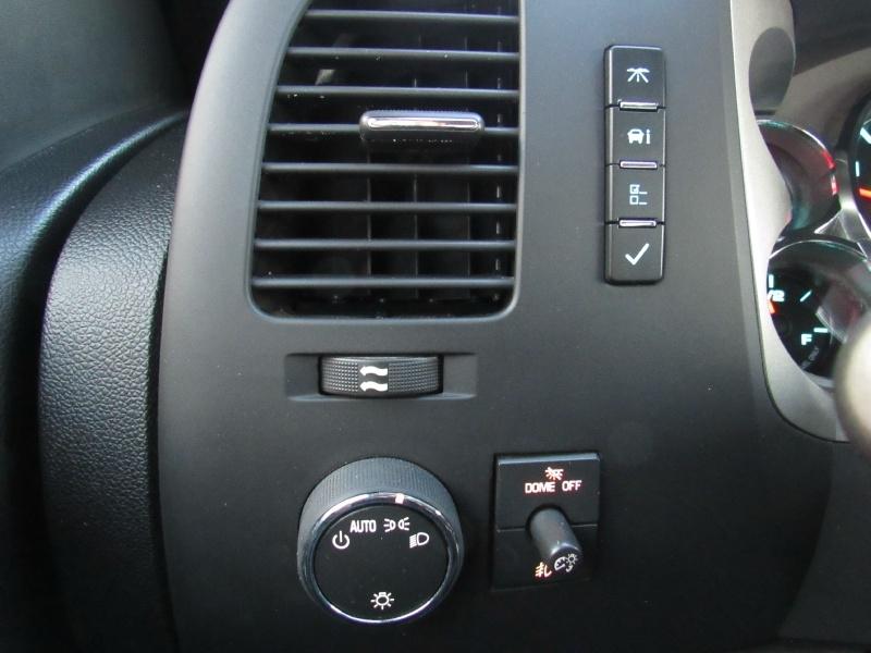 Chevrolet Silverado 3500HD - LT - 4X4 - 6.6L Duramax Diesel 2013 price $21,995