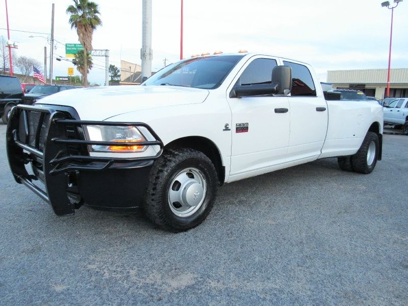 RAM Ram 3500 SLT - 6.7L Diesel! 6 Spd Manual - ONLY 15 2012 price $22,995