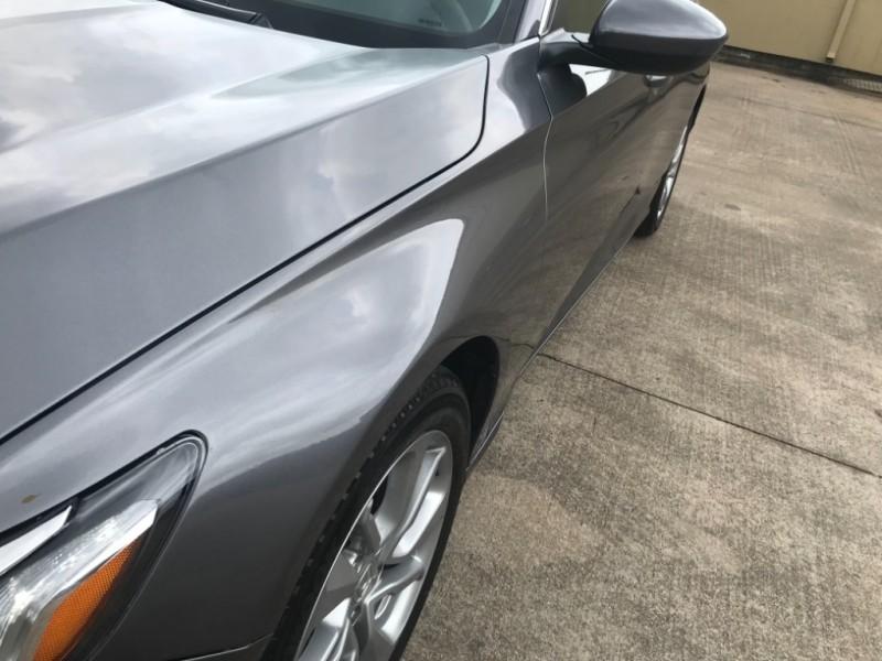Honda Accord Sedan 2018 price $14,900